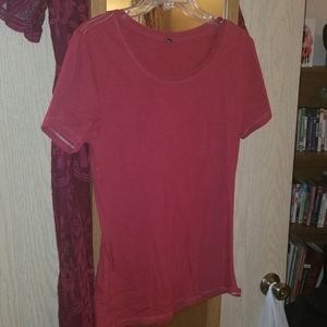Red t shirt XL but sized like a medium